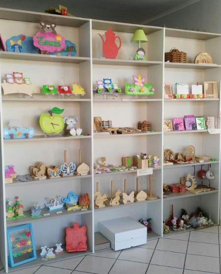 Scaffale negozio | Oggetti in legno