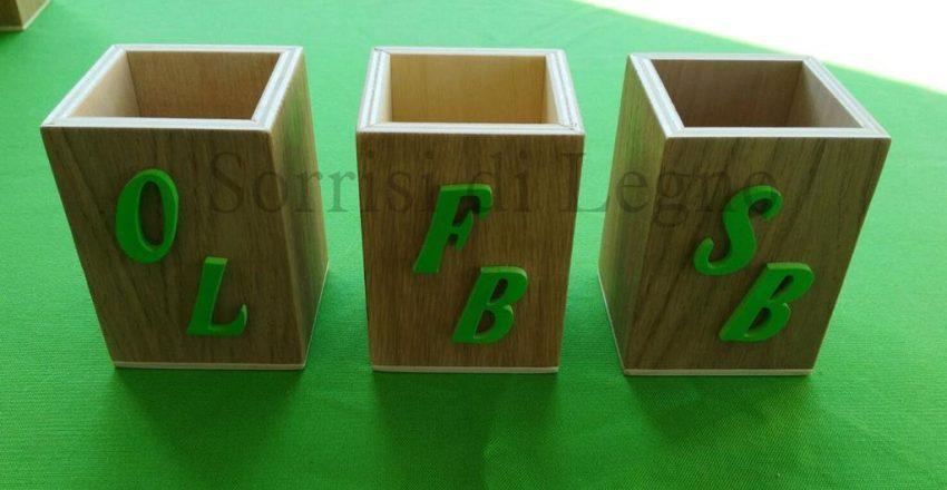 Porta matite in legno