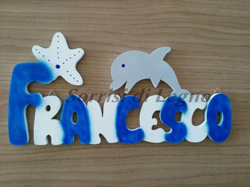 Scritta in legno nome francesco con delfino e stella for Scritte in legno nomi
