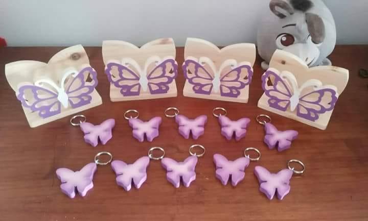 Nozze di legno, portatovaglioli e porta chiavi con farfalla viola